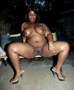 Naked black BBW with huge natural..
