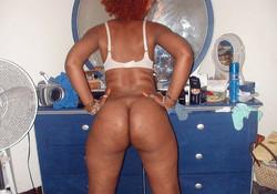 Gorgeus black women on a sexy..