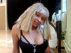 Ebony hottie shows off her sexy body..