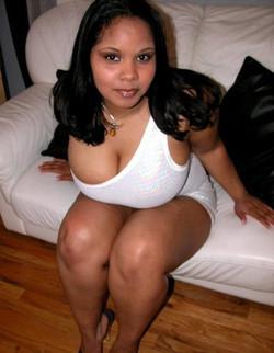 Ebony BBW, nude brown ass close up!..